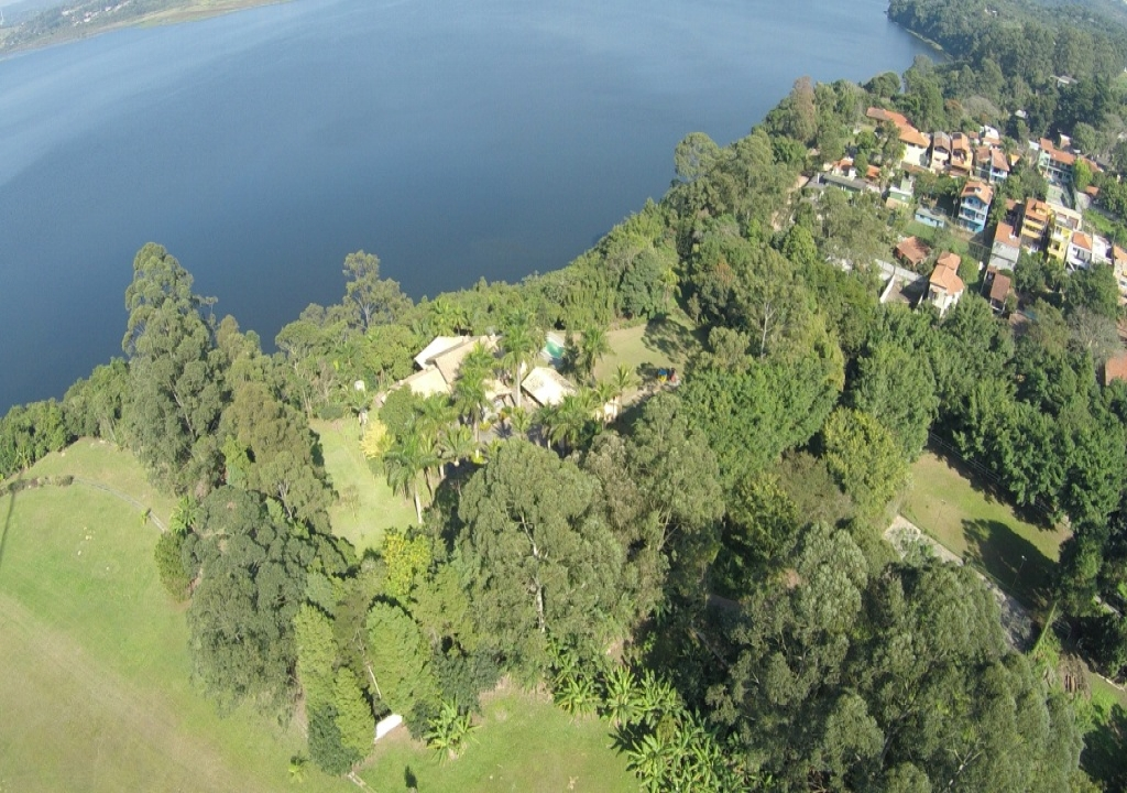 Chácara na Represa de Guarapiranga 1